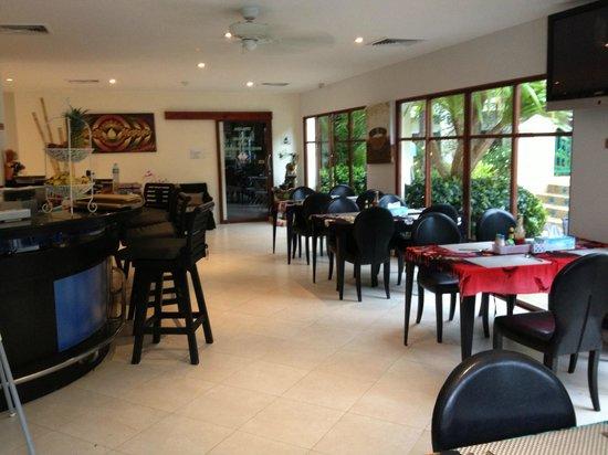 Baan Puri Restaurant: The lovely restaurant