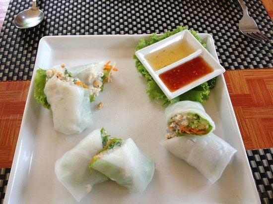 Baan Puri Restaurant: Thai style spring rolls - delicious!