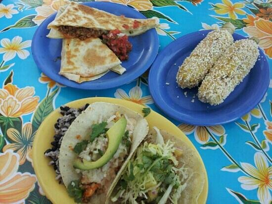 El Rayo Taqueria: Chorizo quesadilla, Mexican corn on the cob, taco plate (pescado and al pastor)