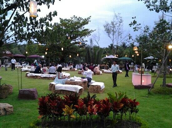 Asita Eco Resort: wedding reception in the garden