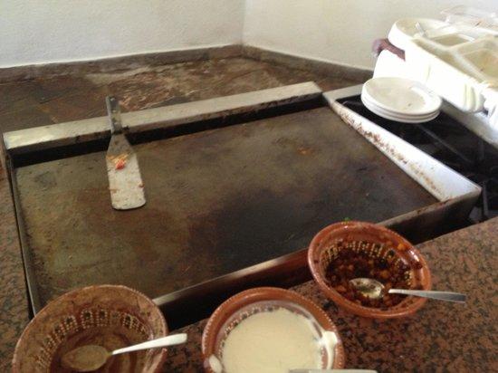 Gamma de Fiesta Inn Plaza Ixtapa: Limpiaron el comal con mis huevos.