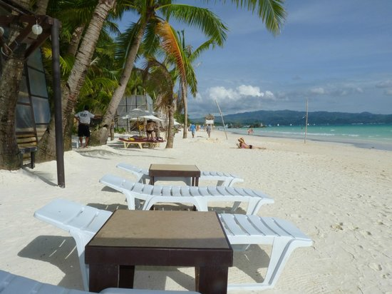 Residencia Boracay Glorious Station 1 White Beach From The Lounge Chairs