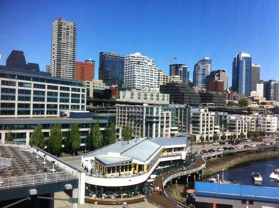 Seattle Marriott Waterfront: Hotel visto do navio