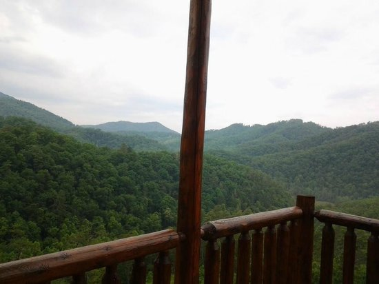 Brother's Cove Log Cabin Rentals : Deja View # 47 - back porch view