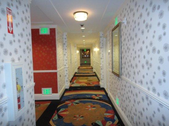Hotel Shattuck Plaza : Guest Room corridor