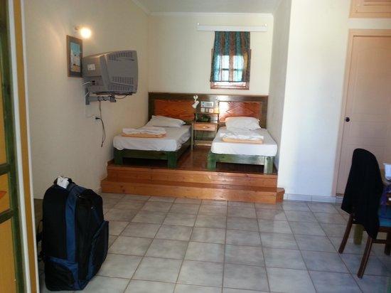 Hotel Mikro Village : bedroom