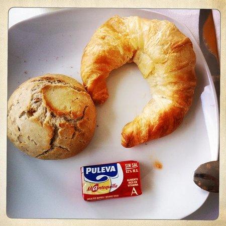Hotel Viento10: Fresh Breakfast