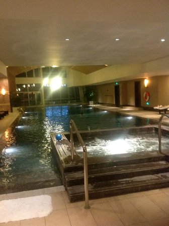 Renaissance Beijing Capital Hotel: pool
