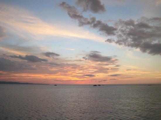 Tasik Ria Resort Manado: Sunset view from Jetty Bar