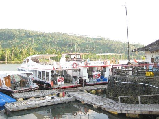 Tasik Ria Resort Manado: Good dive boats