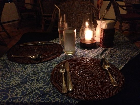 La Sirenetta Restaurant & Bar : Cool table set up