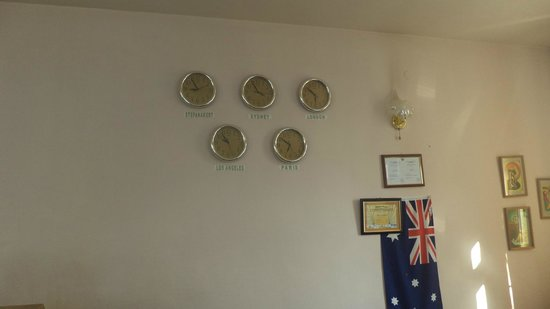 Hotel Nairi: The Wall above the Reception Desk