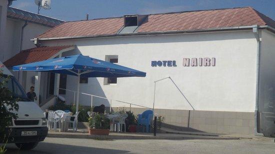 Hotel Nairi: Side View