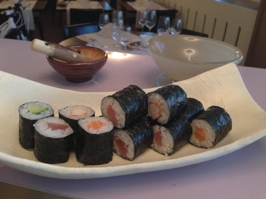 East Tower Restaurant: Mixed Maki