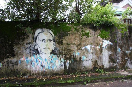 Kashi Art Gallery: Local street art