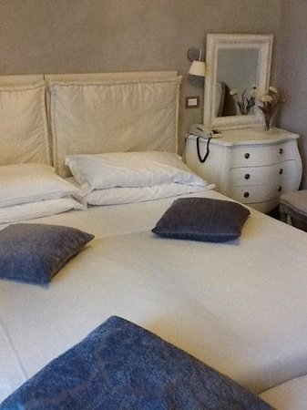 Balneum Boutique Hotel & B&B: letto grande
