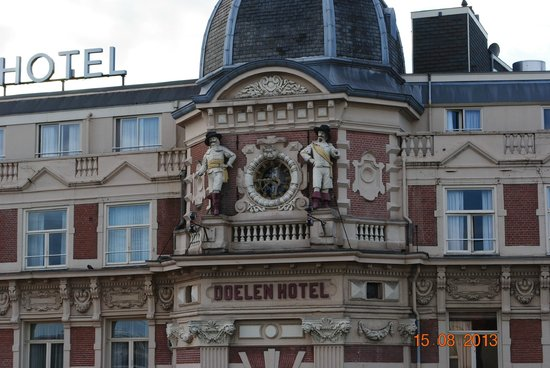 Hotel Nes: The Clock on the hotel opposite (NH Doener)