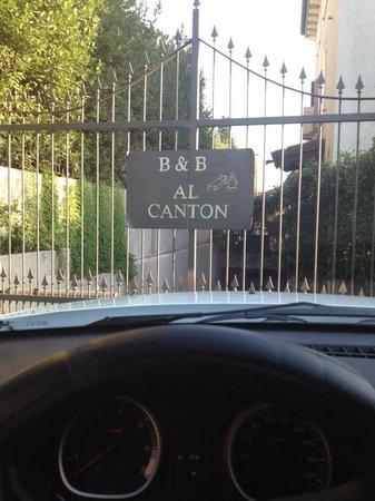 B&b Al Canton: Ingresso garage