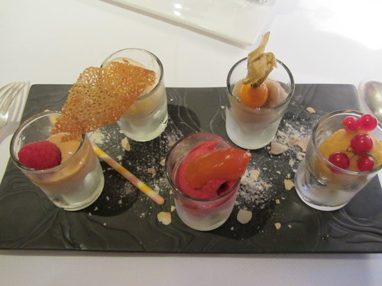 Restaurant Pierre : Assortiment de sorbets en dessert