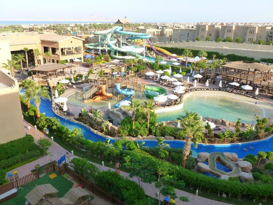 Coral Sea Aqua Club Resort: Waterpark, wave pool, lazy river