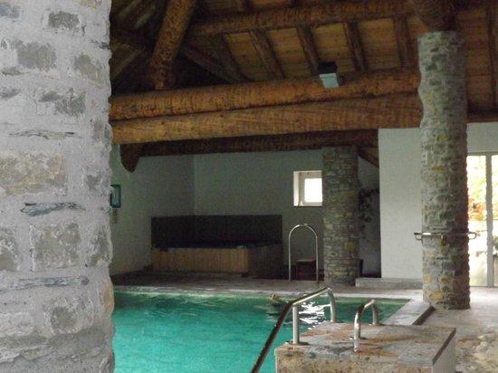Lagrange Prestige Residence l'Ardoisiere : piscine de la residence