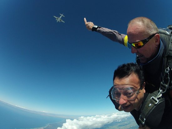 Gold Coast Skydive: My drop!