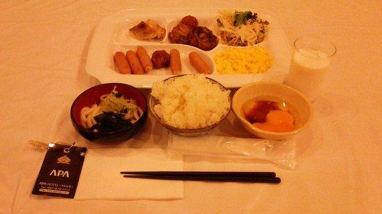 APA Hotel Takamatsu Airport: 朝食バイキング(900円)