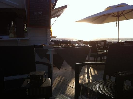 Mimi to Beach: al tramonto