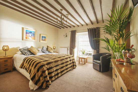 Molesworth Arms Hotel: Standard double room