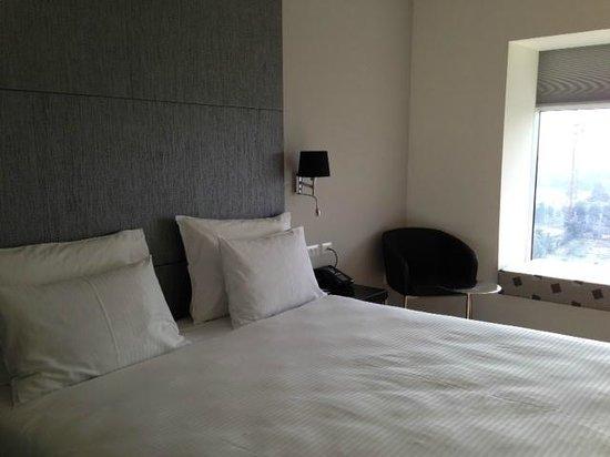 Benjamin Herzliya Business Hotel : The bed