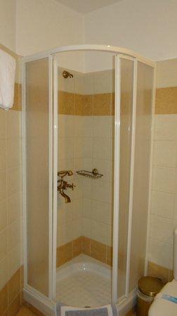 Hotel Dryades: The bath cabin