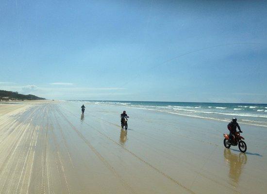 Seventy-Five Mile Beach: Awesome bike riders