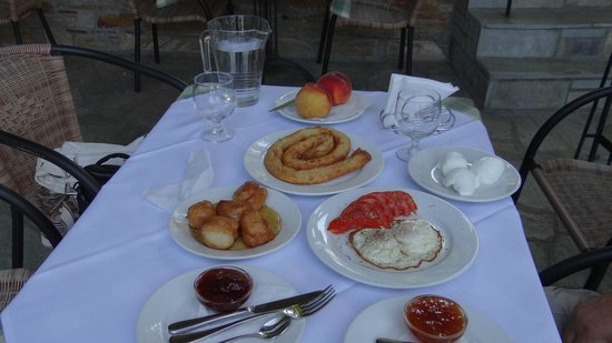 Hotel Dryades: Our exceptional breakfast