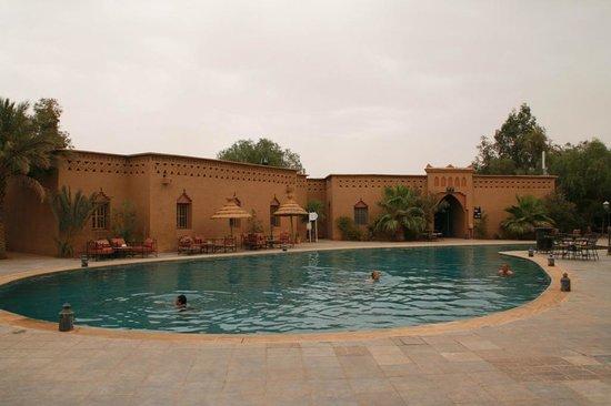Palm's Hotel: Pool
