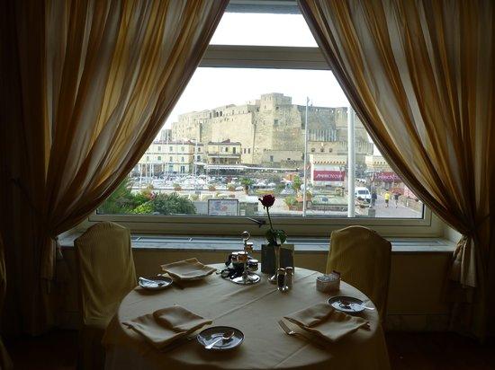 Grand Hotel Vesuvio: 朝食