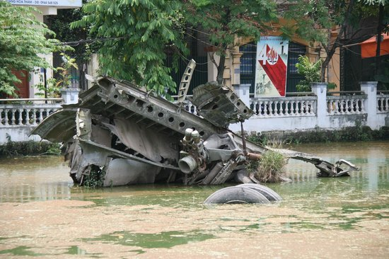 Huu Tiep Lake and the Downed B-52: Wreckage of B-52 is a man made lake