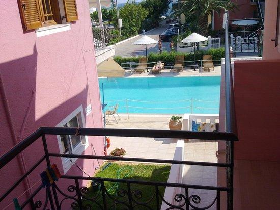 Xenia Apartments: balcony