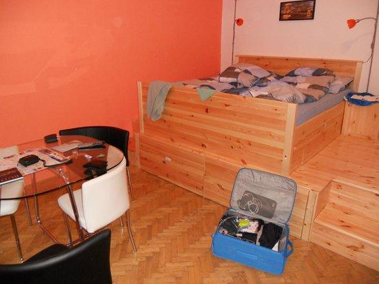 Katona Apartments: Seconda camera