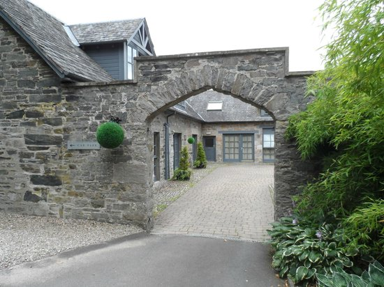Craigatin House & Courtyard: The entrance to the Courtyard rooms