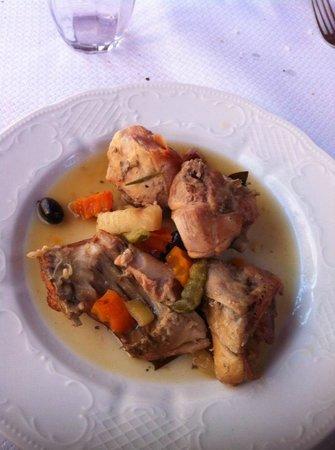 Agriturismo Za' Beata: Coniglio alle olive con sottaceti