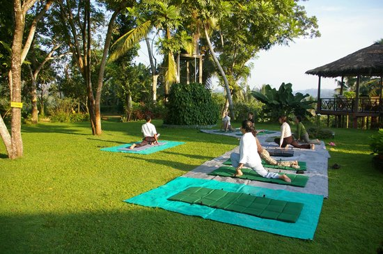 Shanthi Lanka Ayurveda Resort: Yoga in the garden