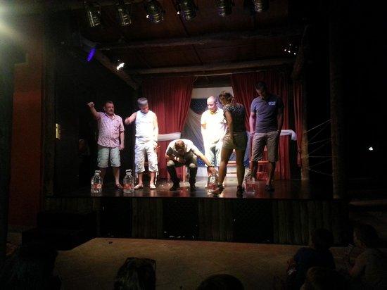 HL Hotel Rondo: Mister Mister show