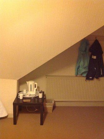 Abbotsford Lodge: tea caddy table-attic room