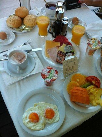 Hotel Plaza Omis: Buffet
