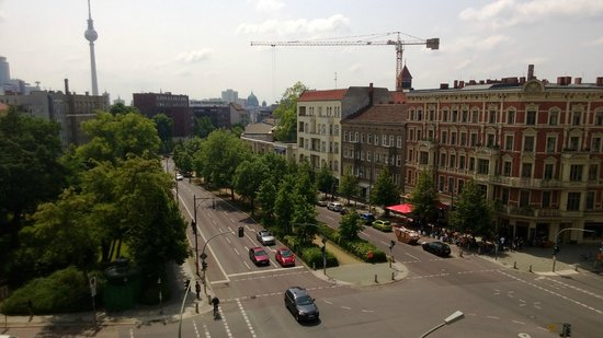MEININGER Hotel Berlin Alexanderplatz: View From Room Day