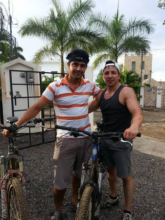 Vista Hermosa Boutique Bed & Breakfast : Javier and I returning from a mountain bike tour.