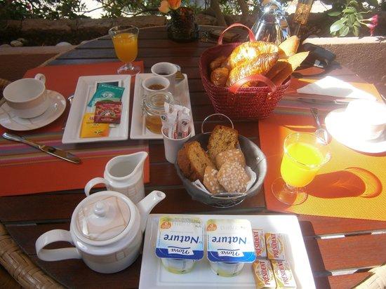 Hotel La Calypso: Petit déjeuner très complet