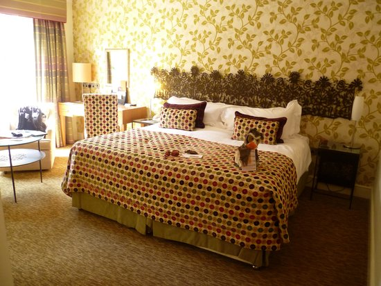Lainston House Hotel: Traditional guest room