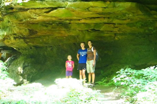 Shades State Park: Rock formation