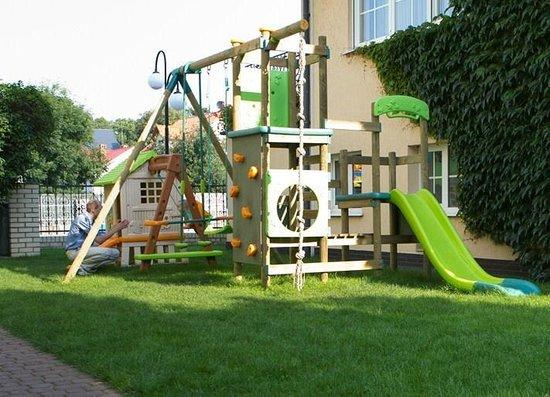 Pensjonat Sedina: Plac zabaw